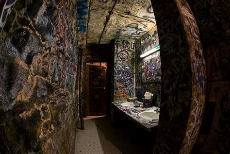 Home Decorating Tips varvatos opens store in famous cbgb space thefashionspot