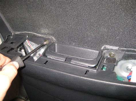 service manual how to remove door panel on a 1971 service manual remove rear door trim 1995 toyota corolla