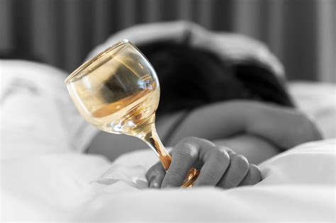 wine before bed drinking wine before bed could keep you slimmer uk style
