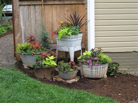 Potted Garden Ideas Wash Tubs Pots Re Purposed Into Awesome Primitive Garden Containers Phyllis Ruyle This