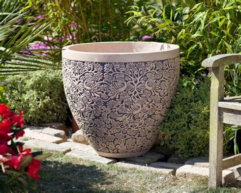large garden pots and containers large ornate plant pot large 70cm by 81cm wide 163