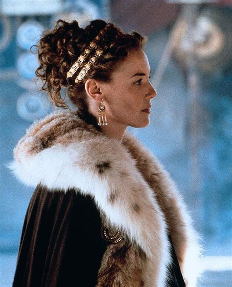 film gladiator queen connie nielsen as lucilla gladiator 2000 hair styles