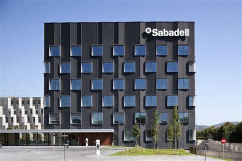 banc sabadell imar arquitectura metal architecture metal