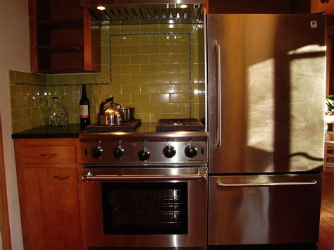 heat shields for kitchen cabinets kitchen stove heat shield kitchen design ideas