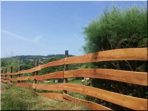 planche pour cloture jardin el 233 ment de cl 244 ture d acacia avec du bord large 25 mm planches d acacia vieux linteau grilles