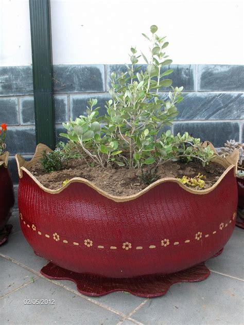How To Turn A Tire Into A Planter by Diy Tire Planter The Owner Builder Network