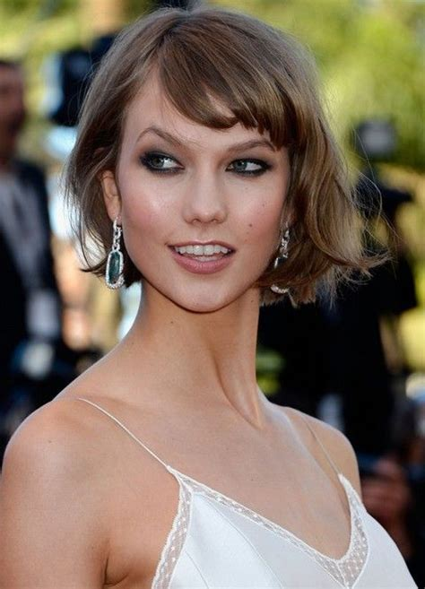 karlie kloss bob hairstyle how to style karlie kloss short messy bob hairstyle with bangs short