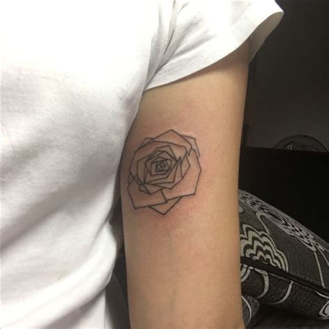 geometric rose tattoo the 25 best ideas about geometric on