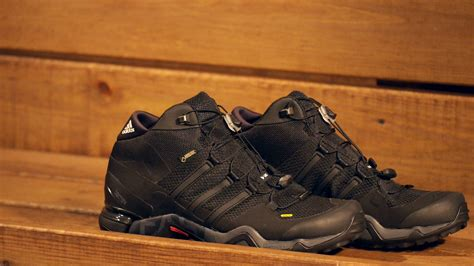 Sepatu Adidas Terrex Fast Gtx Shoes adidas terrex fast r mid gtx walking boots helvetiq
