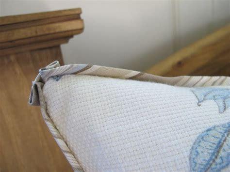 pillow corner sewing