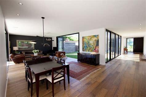 open space casa le prefabbricate abbattono gli elementi di troppo e