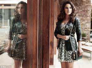 kelly brook goes from pin up to miss prim with