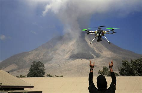 Drone Indonesia aid groups turn to unmanned aircraft for disaster support 171 techtonics