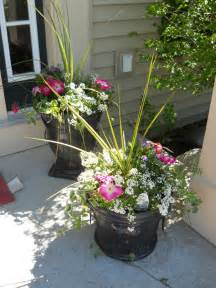 outdoor flower pots on pinterest outdoor fall flowers whiskey barrel planter and outdoor