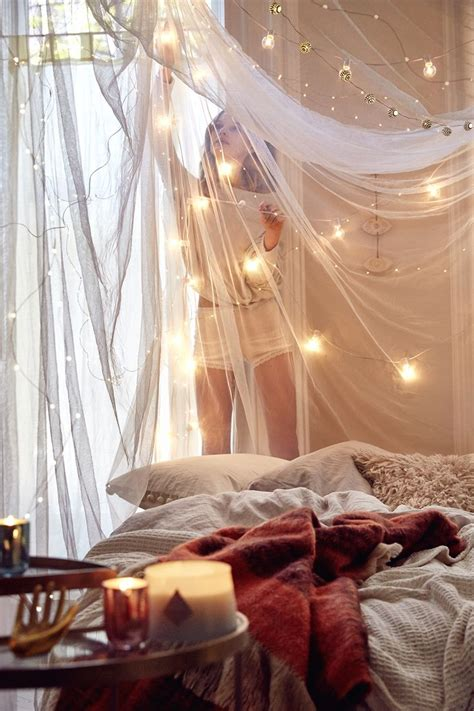 bed canopy with fairy lights easy indoor string lights decoration ideas http www
