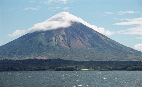 cadena volcanica wikipedia mombacho wikipedia