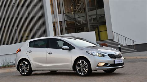 Kia Cerato Hatch New Kia Cerato Hatchback Launched Drive News
