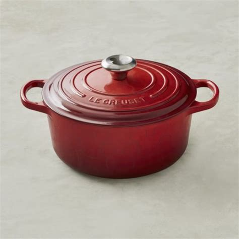le creuset disney stunning new le creuset mickey mouse dutch oven