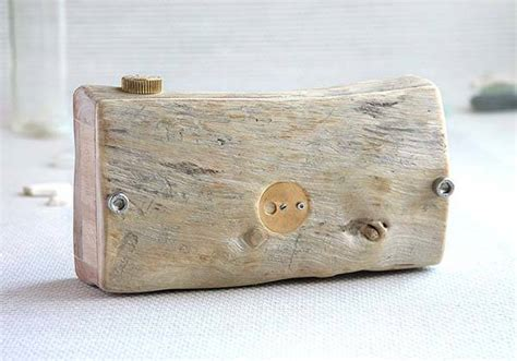 Handmade Pinhole - the handmade wooden pinhole made from sun dried