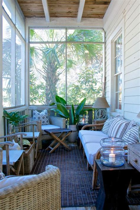 25 Best Ideas About Small Screened Porch On Pinterest Screen Porch Furniture Ideas