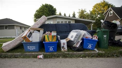 garbage collection kitchener every other week garbage collection starts in 2017 18 5m