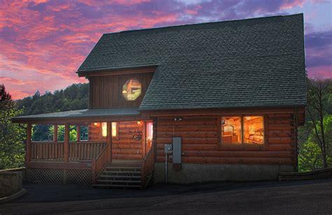 cabin fever review cabin fever hendersonville nc resort reviews