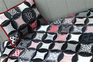 Quilted Coverlet 7 Dazzling Denim Quilt Patterns
