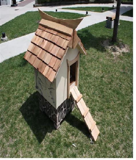 dog house in spanish amazing dog houses