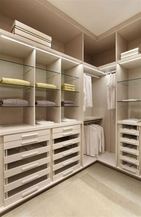 Armario Closet las 25 mejores ideas sobre armario de esquina en armario de cocina rinc 243 n armarios
