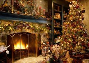 Christmas Homes Decorated Inside by History Of Christmas History Of Things