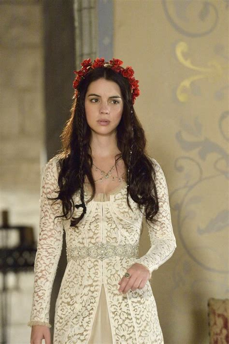 reign cw show hair weave beads 25 best ideas about reign hairstyles on pinterest reign