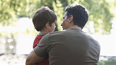 wann sprechen kinder eltern todkrank mit kindern dar 252 ber sprechen