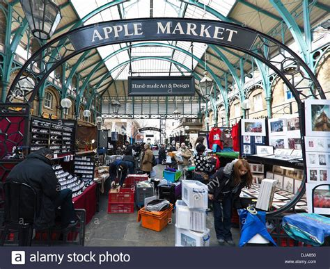 Apple Market The Interior Of The Former Vegetable Market Covent Garden Vegetable Market