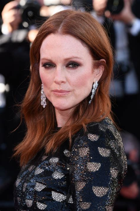 julianne moore julianne moore on red carpet okja premiere at cannes
