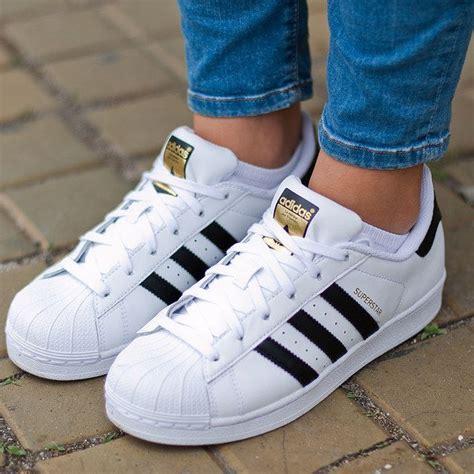 imagenes zapatos adidas para mujer las 25 mejores ideas sobre tenis adidas para mujer en