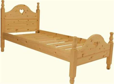 Handmade Pine Beds - handmade pine bed high foot end