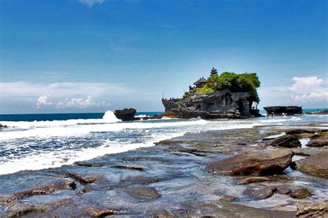 tanah lot   favorite travel sites  bali