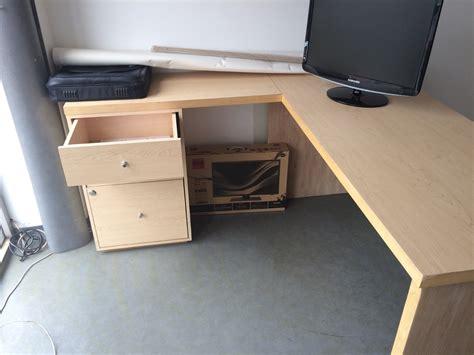 compra de escritorios para oficina escritorio de madera en l para oficina 2 300 00 en
