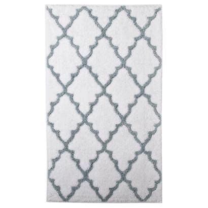 gray and white bathroom rugs target home ogie gray scalloped diamonds pattern bath rug