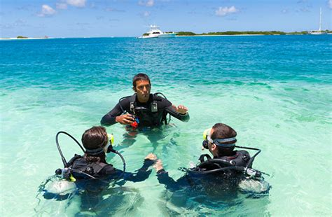 dive school scuba diving in colombia here s why it s