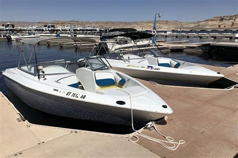 lake powell ski boat rentals wahweap location bateau lac powell dreamkatchers lake powell b b