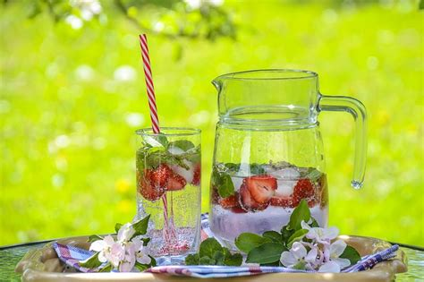Detoxes That Really Work For Thb by All About Detox Water 7 Savory Recipes For A Healthier