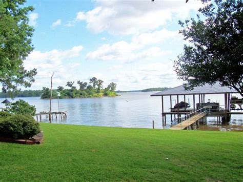 1043 walnut lake livingston real estate homes for sale in