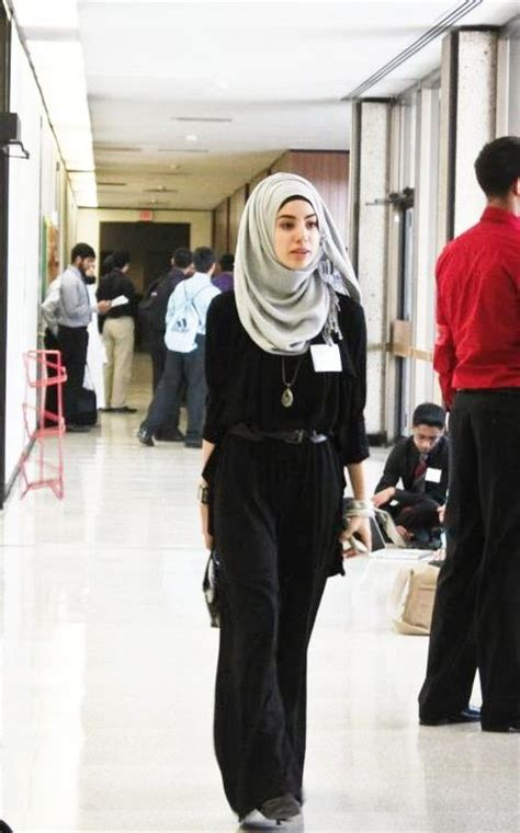 25427 Black Jumpsuit Jumpsuit Hitam looking for inspiration on how to dress in the workplace with a and this fits the bill