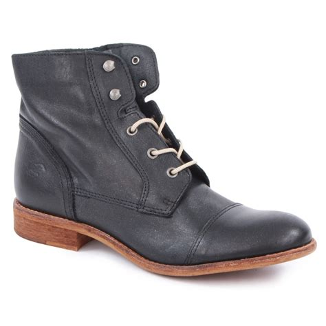 mustang 2830 506 9 womens ankle boots in black