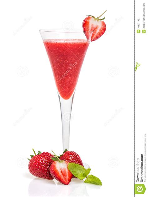 martini strawberry strawberry chagne cocktails