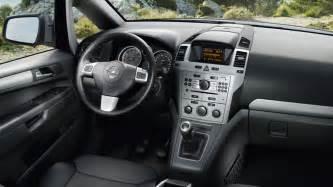 Opel Zafira Interior Pictures Opel Zafira Tourer Das Familienauto Mit Bis Zu 7 Sitzen