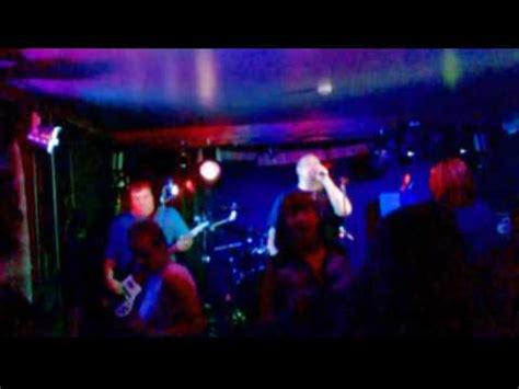 dog house guernsey dakota reloaded stereophonics cover the doghouse guernsey youtube