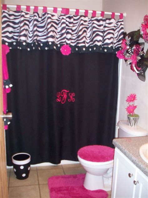 Zebra Bathroom Ideas by Best 25 Zebra Curtains Ideas On Curtains