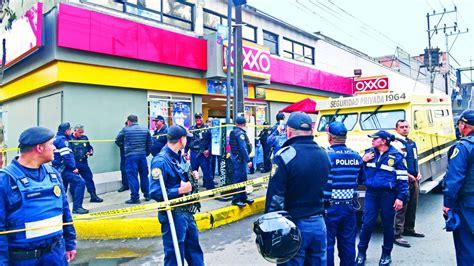tiendas oxxo iztapalapa custodios liquidan a ladrones durante un atraco en
